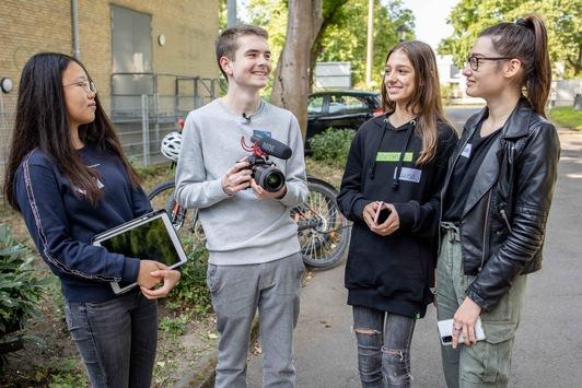 """Jugendliche drehen Videos gegen Cybermobbing / Bundesweiter Videowettbewerb der Initiative """"WAKE UP!"""" für Schülerinnen und Schüler in Dortmund gestartet"""