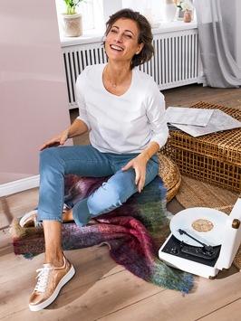 So schick, so bequem / Modeversand Avena bietet neuartige Jeans: komfortabel wie eine Freizeithose