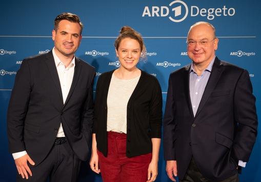ARD Degeto stellt Serienhighlights in Hamburg vor / Große Genre-Vielfalt: Von Impro-Serie, Thriller und Anwaltsserie bis zu europäischen Koproduktionen und Film-Adaptionen / Neuer Mediathekspreis