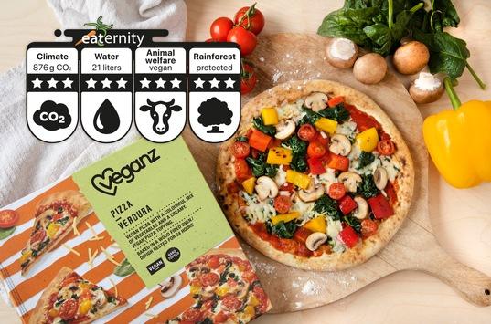 Veganz Kundenliebling kommt nach Australien: die weltweit erste Pizza mit Nachhaltigkeits-Score!