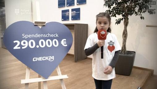 """""""CHECK24 hilft"""" spendet 290.000 Euro an """"Ein Herz für Kinder"""""""