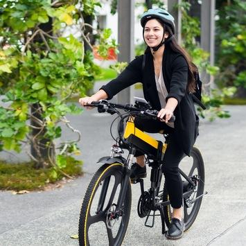 E-Bike Trend hat viele Gründe / Vor allem Menschen mittleren Alters aus ländlichen Regionen begeistern sich für Pedelecs. Nur ein Ergebnis der Viactiv Online-Umfrage.