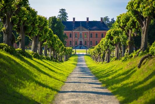 Schloss Bothmer: Gartentag mit Open-Air-Lesung, Musik und Kleinkunst