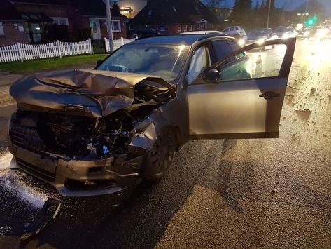 POL-LER: ++Trickdiebstahl++Verkehrsunfallfluchten++Fenster aufgehebelt++ Verkehrsunfälle++