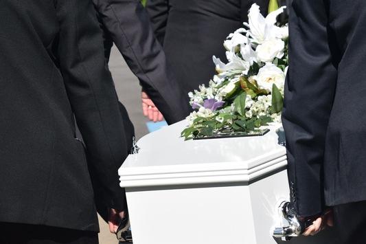 Bestatter Prüm, Schönecken – Bestattungen Sonnen & Regnery ist Ihr starker Partner in schweren Stunden