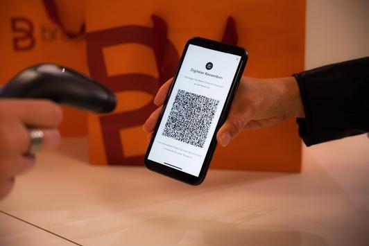 Breuninger führt digitalen Kassenbon ein / Für eine nachhaltigere Zukunft