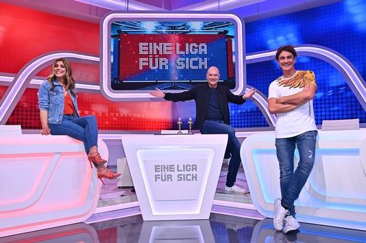 """Start der vierten Staffel """"Eine Liga für sich – Buschis Sechserkette"""" mit einem Duell der Weltmeister am 9. November nur auf Sky One"""