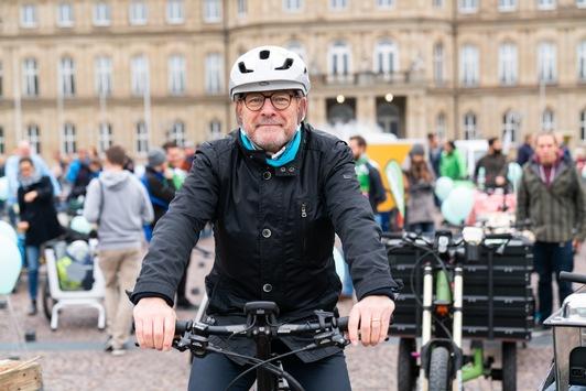"""Radeln im Herbst bewirkt gute Stimmung"": Kurzinterview mit Baden-Württembergs Verkehrsminister Winfried Hermann"