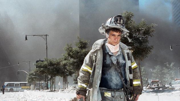 """""""Nach 9/11 hätte man sich ausschließlich darauf konzentrieren müssen, Al-Kaida zu suchen und zur Verantwortung zu ziehen"""", Stefan Aust / WELT zum 20. Jahrestag der Anschläge mit Programmschwerpunkt"""