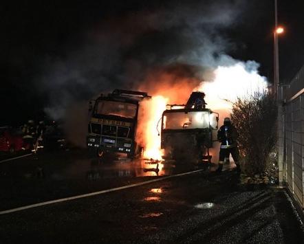 POL-AC: Abschleppwagen brannten völlig aus; Kripo ermittelt wegen Brandstiftung