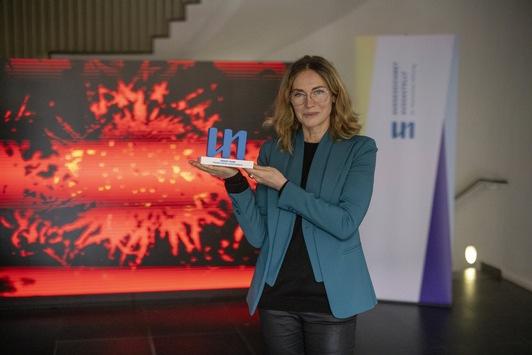 Ausgezeichnet Ausgestellt: Der Preis geht an den Frankfurter Kunstverein / Die Frankfurter Dr. Marschner Stiftung setzt ein wichtiges Zeichen für zeitgenössische Kunst im COVID-19 geprägten Jahr 2020