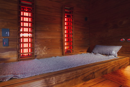 Sauna löst Stressfesseln und ist Rückzugsort für Ruhe wie Wohlbefinden / Studie zeigt: vielfältige Formen werden immer beliebter