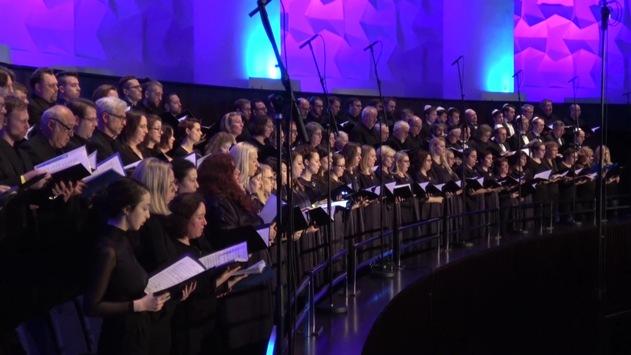 """Gedenken an die Befreiung von Auschwitz: Bibel TV zeigt """"The 'Night' Holocaust Concert"""" / Am 27. Januar erinnert Bibel TV mit der letztjährigen Konzertlesung aus Hannover an den Holocaust"""