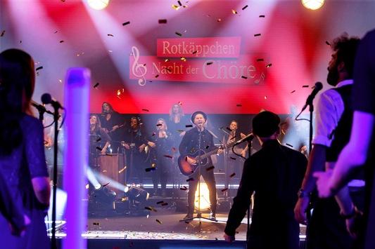 Bühne frei! Die Rotkäppchen Nacht der Chöre mit Johannes Oerding vom 25. Oktober bis 22. November kostenfrei auf TVNOW