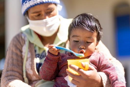 UNICEF: Kaum Fortschritte bei der Ernährung von Kleinkindern