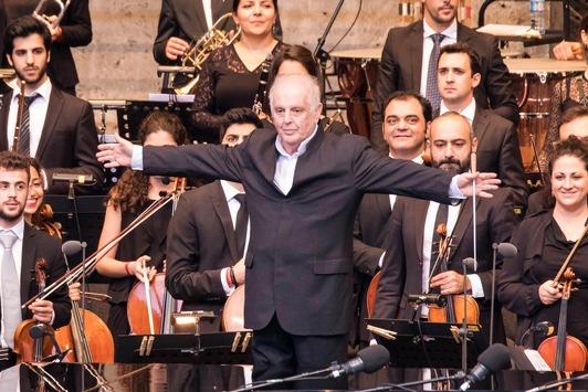 """""""250 Jahre Ludwig van Beethoven"""": Das Jubiläumskonzert mit Daniel Barenboim live in 3sat"""
