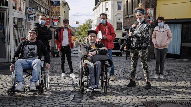 """<div>""""Im Einsatz für mehr Teilhabe"""": Dokumentation aus der 3sat-Reihe """"Besonders normal""""</div>"""