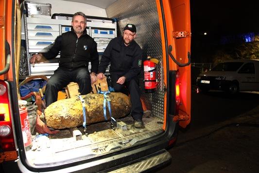 FW-E: Zufällig gefundener Bombenblindgänger an der Elisenstraße erfolgreich entschärft