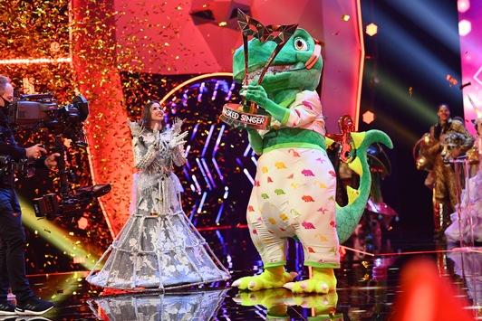 """8,07 Millionen Zuschauer im Finale. 27,9 Prozent Marktanteil für """"The Masked Singer"""" // Sasha gewinnt als Dinosaurier"""