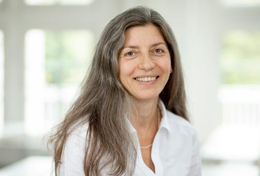 Prof. Dr. Katrakova-Krüger erhält Förderung für Innovationen in der Hochschullehre