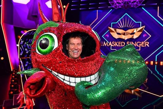 """Scharfe Quote: """"The Masked Singer"""" startet mit grandiosen 24,1 Prozent Marktanteil / Jens Riewa strahlt aus der CHILI"""