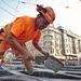 Dès maintenant, les travailleurs de la construction sont à nouveau autorisés à porter des pantalons courts sur certains ...